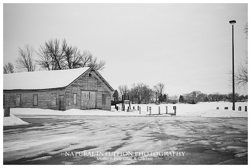 Oshkosh Wisconsin Engagement Photographer(c) Natural Intuition Photography_0001