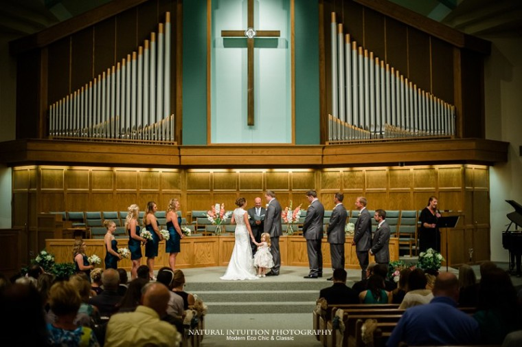 Sheboygan Wisconsin Wedding Photographer (c) Natural Intuition Photography_0021