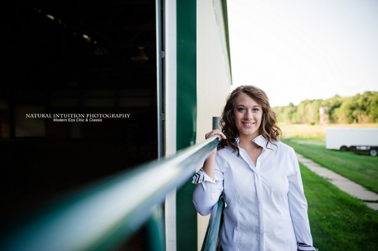 Waupaca Wisconsin Senior Portrait Photographer (c) Natural Intuition Photography_0016