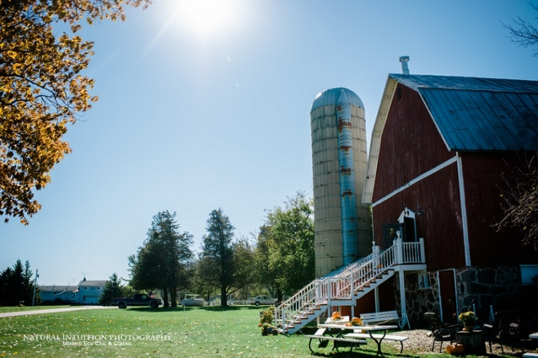 Waupaca WI Stevens Point WI Fall Wedding Photographer (c) Natural Intuition Photography_0001