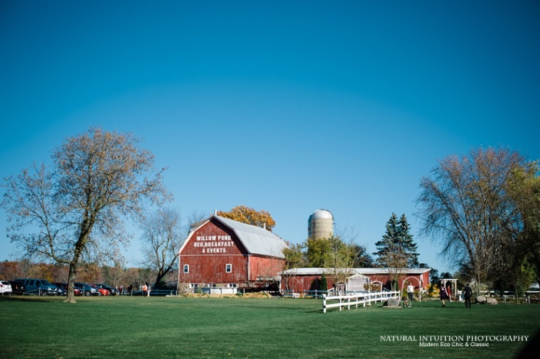 Waupaca WI Stevens Point WI Fall Wedding Photographer (c) Natural Intuition Photography_0014