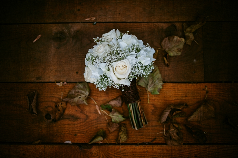 fall wedding bouquets, wisconsin wedding photographer