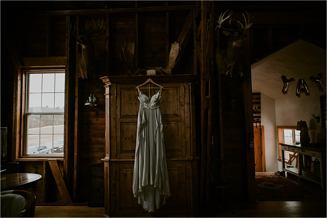 Magnolia Farms Elopement - Madison Wisconsin Photographer - Natural Intuition Photography