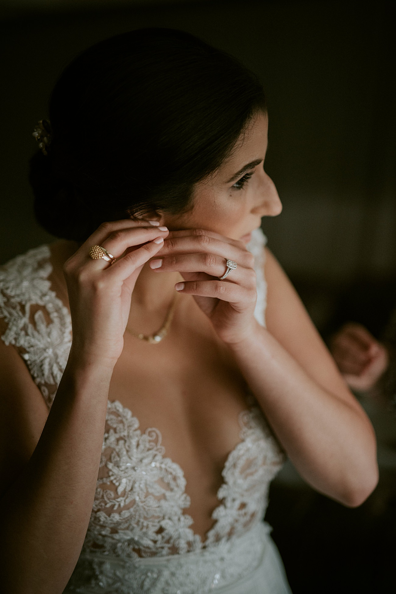 Bride Getting Ready, Backyard wedding, Milwaukee Wisconsin Wedding Photographer - Natural Intuition Photography