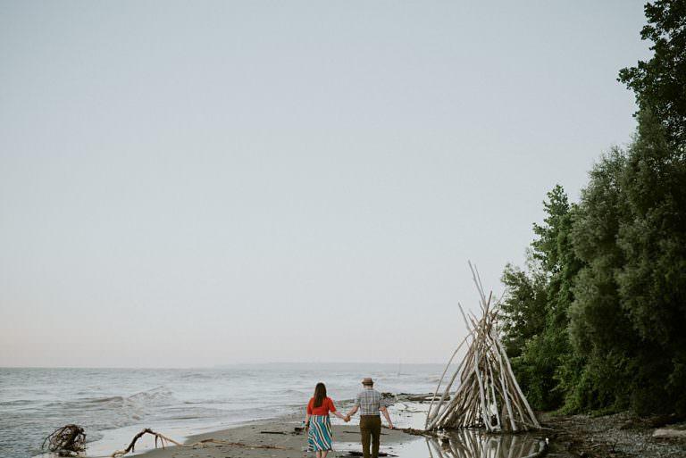 Beach Engagement, Milwaukee Engagement Session by Lake Michigan, Milwaukee Wedding Photographer, Engagement with guitars