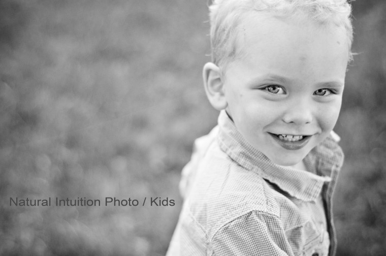Memorial Park Stevens Point Wisconsin Family Photographer - Childrens Phography, Eco Chic and Modern Photography