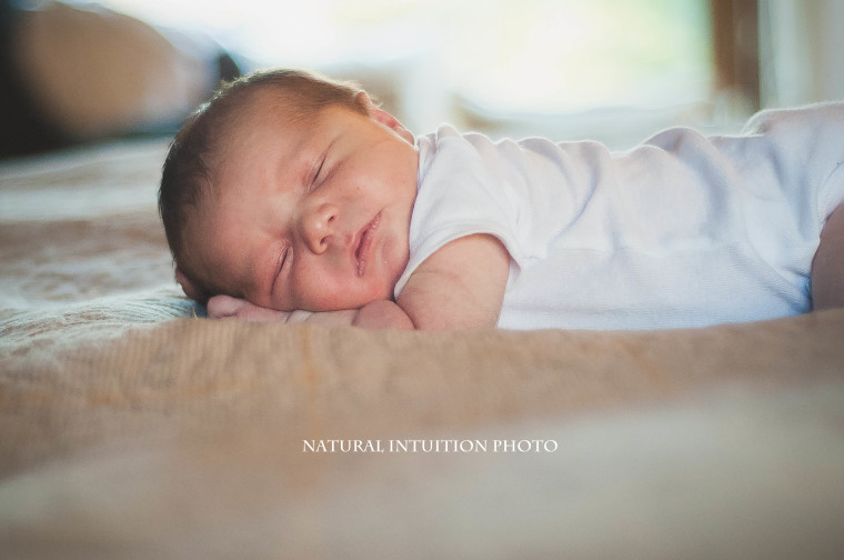 Central Wisconsin Lifestyle Newborn Photography (c) Natural Intuition Photography-01