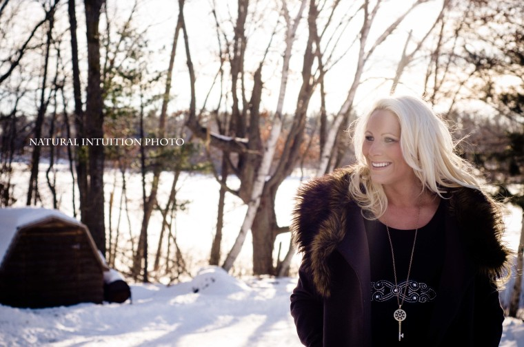 Waupaca Wisconsin Maternity Photography(c)Natural Intuition Photography03
