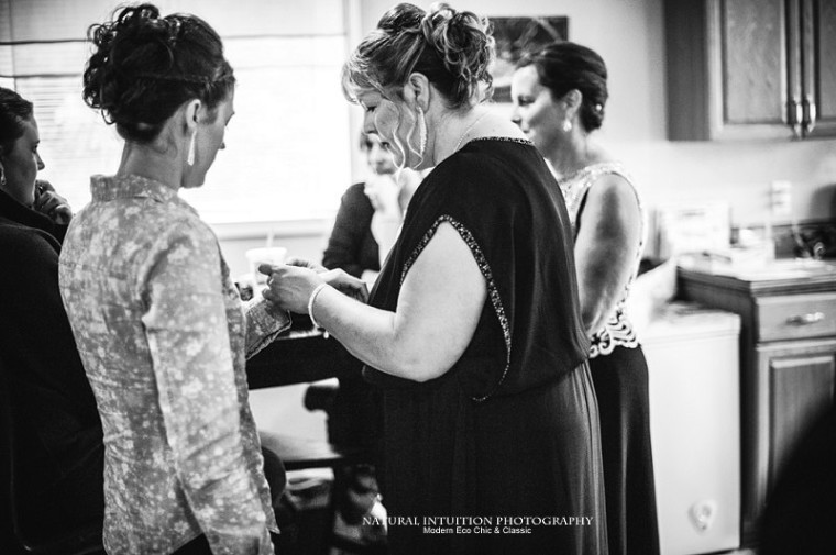 Wisconsin Wedding Photographer (c) Natural Intuition Photography_0009