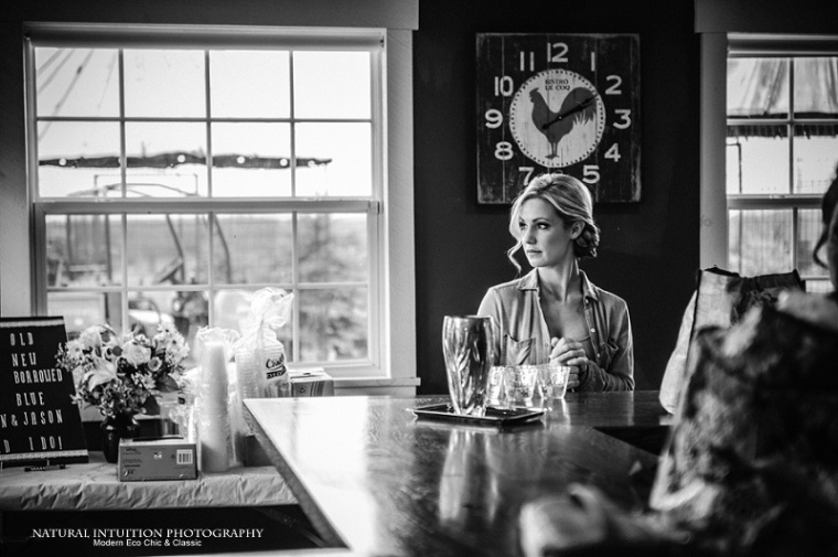 Hortonville Wisconsin Stevens Point Wisconsin Wedding Photographer (c) Natural Intuition Photography_0002
