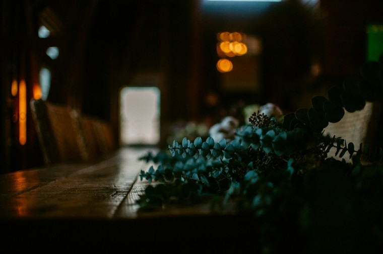 Table Floral Designs - Wisconsin Wedding Photographer