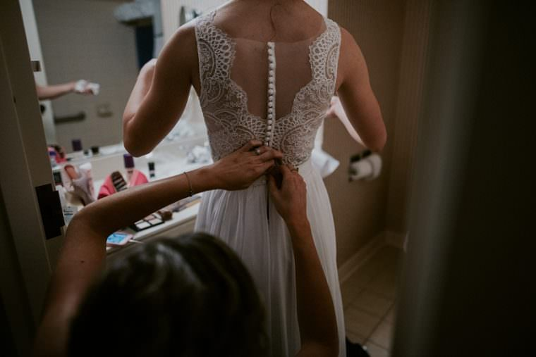 Bride getting ready, wisconsin rapids photographer, madison wi wedding photographer