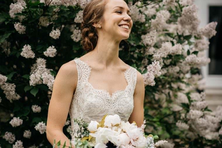 Bride and Groom Photos, Grey Bridesmaid Dresses, DIY Wedding Photographers, Wisconsin Wedding, Summer Wedding, Madison WI Wedding Photographer