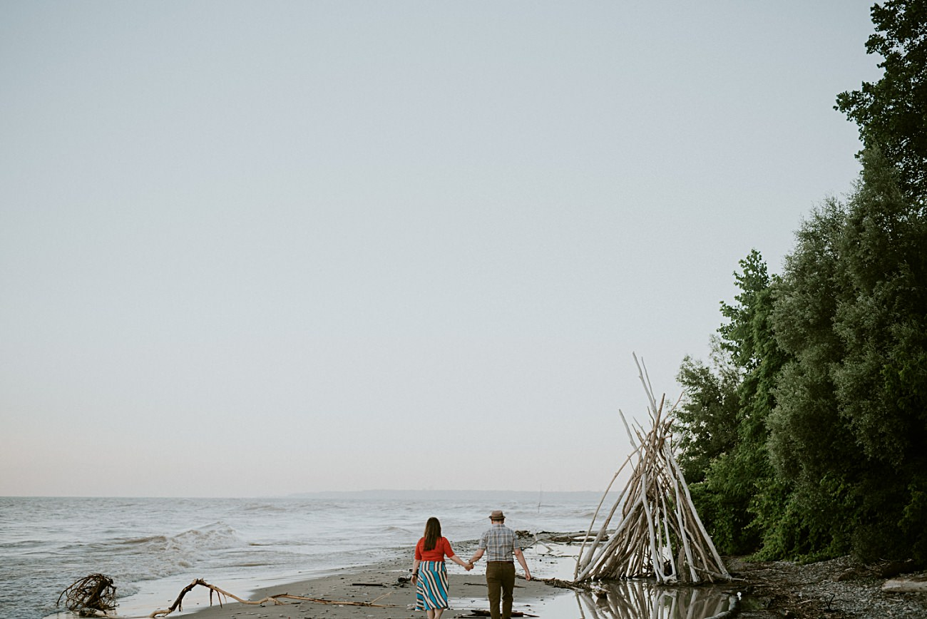 Beach Engagement, Milwaukee Engagement Session by Lake Michigan, Milwaukee Wedding Photographer, Engagement with guitars