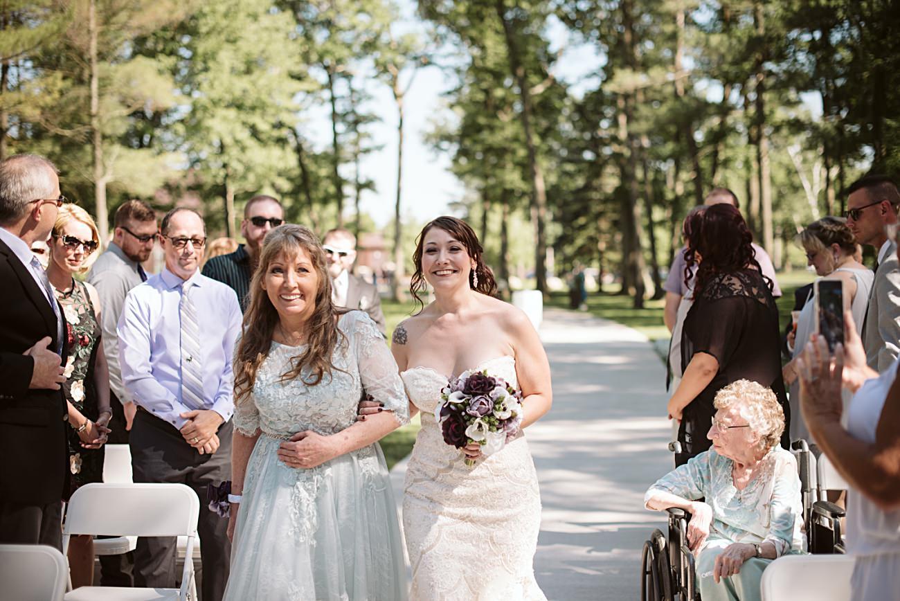 Wedding Ceremony at Sentry World Wedding in Stevens Point Wisconsin, Madison Wisconsin Wedding Photographer, Stevens Point Wedding Photographer