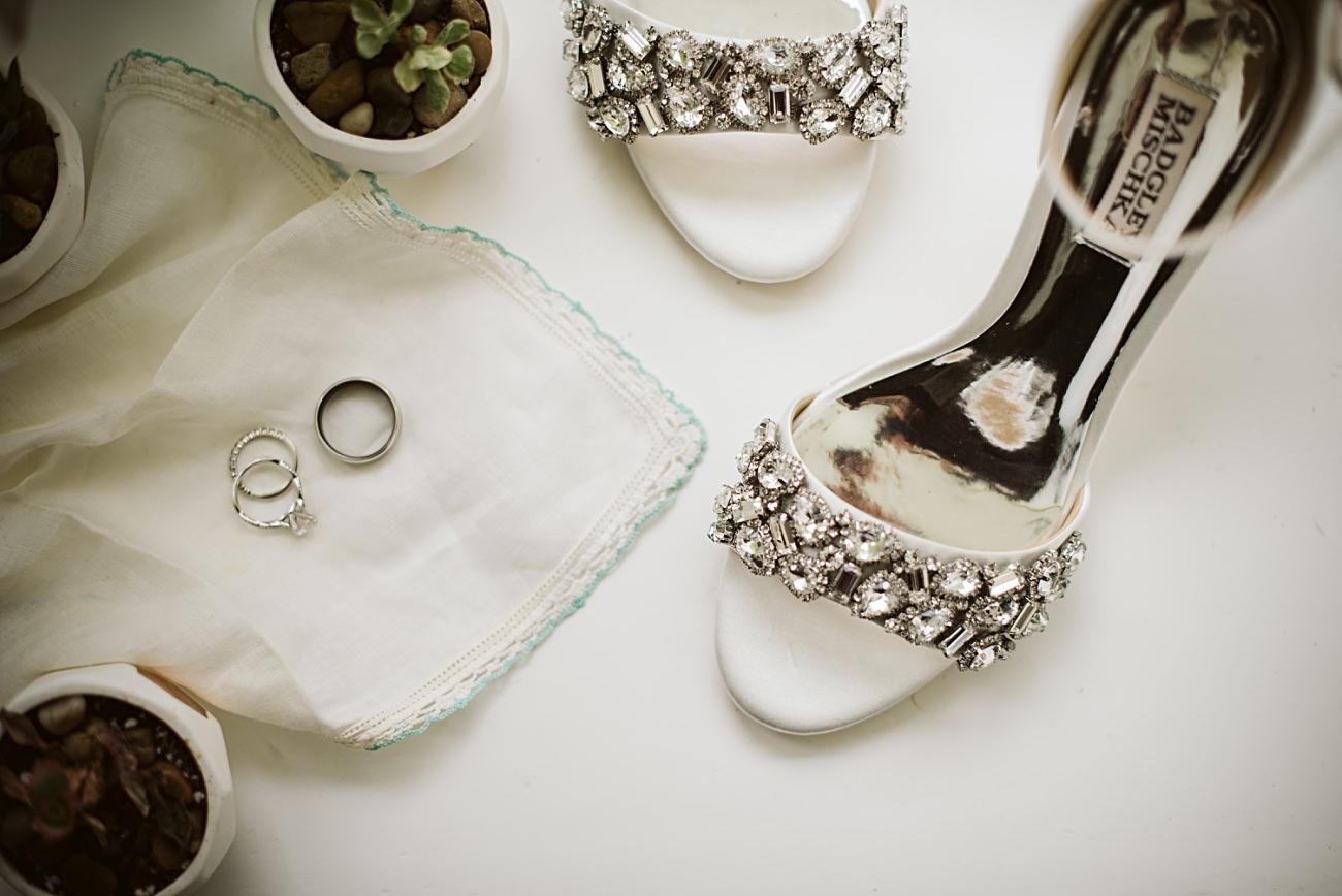 The Atrium Wedding in Milwaukee Wisconsin, Milwaukee Wisconsin Wedding Photographer, Wedding Reception, Wedding Details