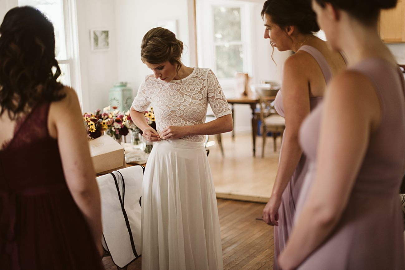 Wisconsin Barn Wedding, Madison Wisconsin Wedding Photographer, Bride Getting Ready
