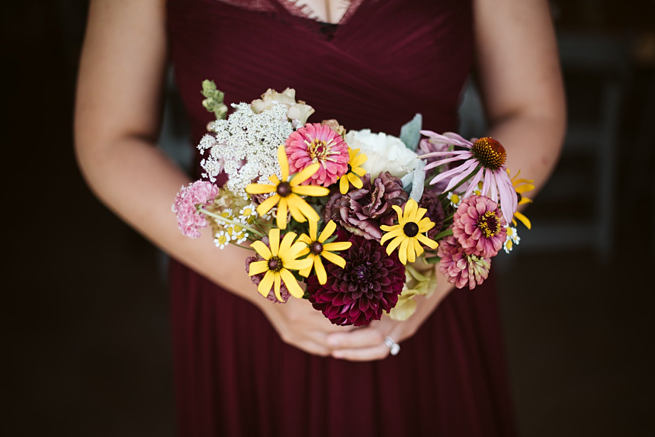 Wisconsin Barn Wedding, Madison Wisconsin Wedding Photographer, Wedding Party Photos, Wild Flower Bouquet