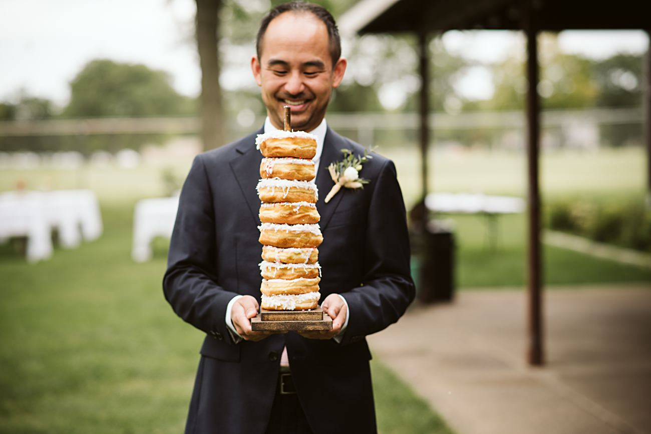 East Side Club Wedding in Madison Wisconsin, Lakeside Wedding Madison Wisconsin, Fall Wedding on a Lake, Natural Intuition Photography, Wedding Doughnuts, Dounuts